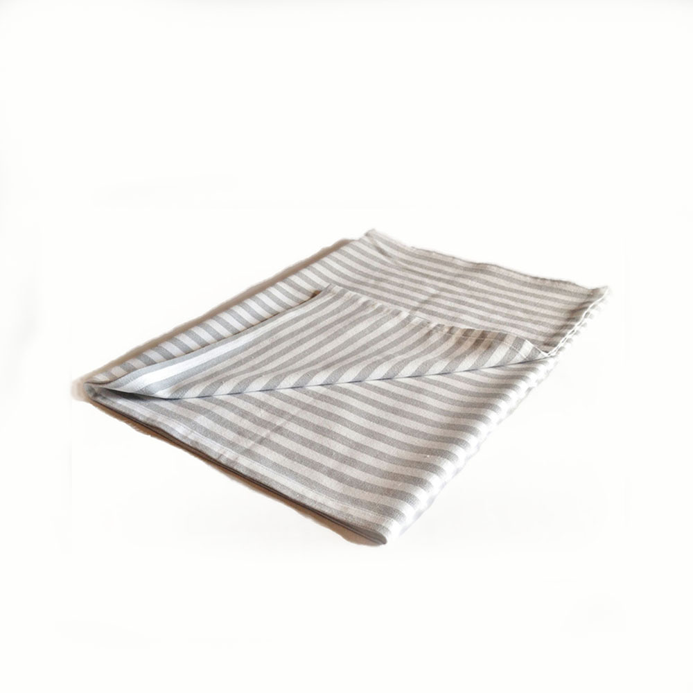 Table runner in white & grey stripes. Dimensions 150x45cm ( 59x17.7 inches), 100% cotton,miauss