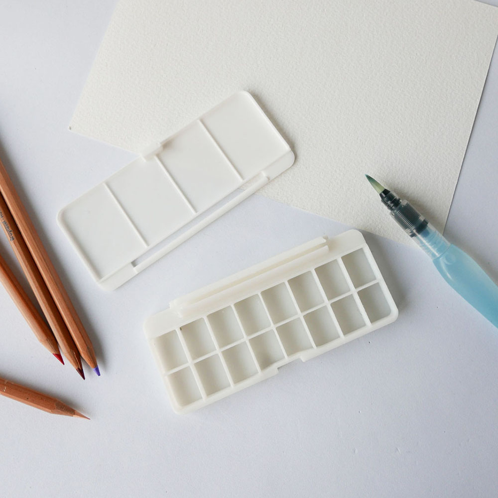 Small Portable Watercolor Box With Mixing Pallete 3D Printed, rectangular shape, art acessory, stationary, white, sixteen (16) pans,miauss