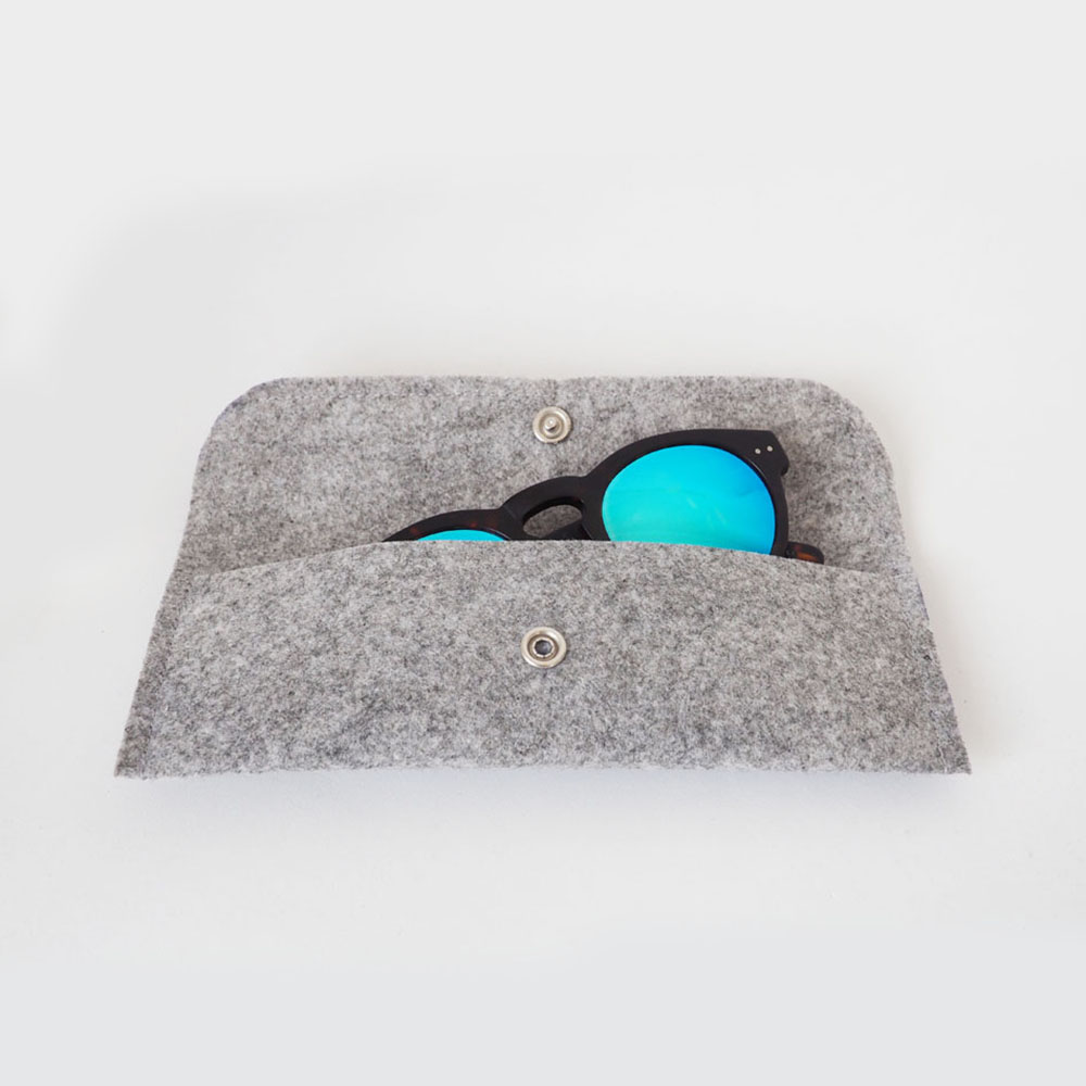 Carrying felt case,grey,pencil case,day-to-day makeup,pens,glasses, sunglasses,practical, small, thin carrying case,easily carry,miauss